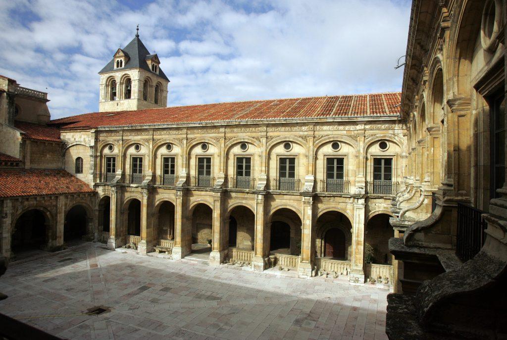 claustro-san-isidoro