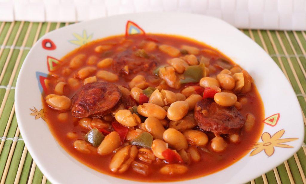 receta-alubias-chorizo