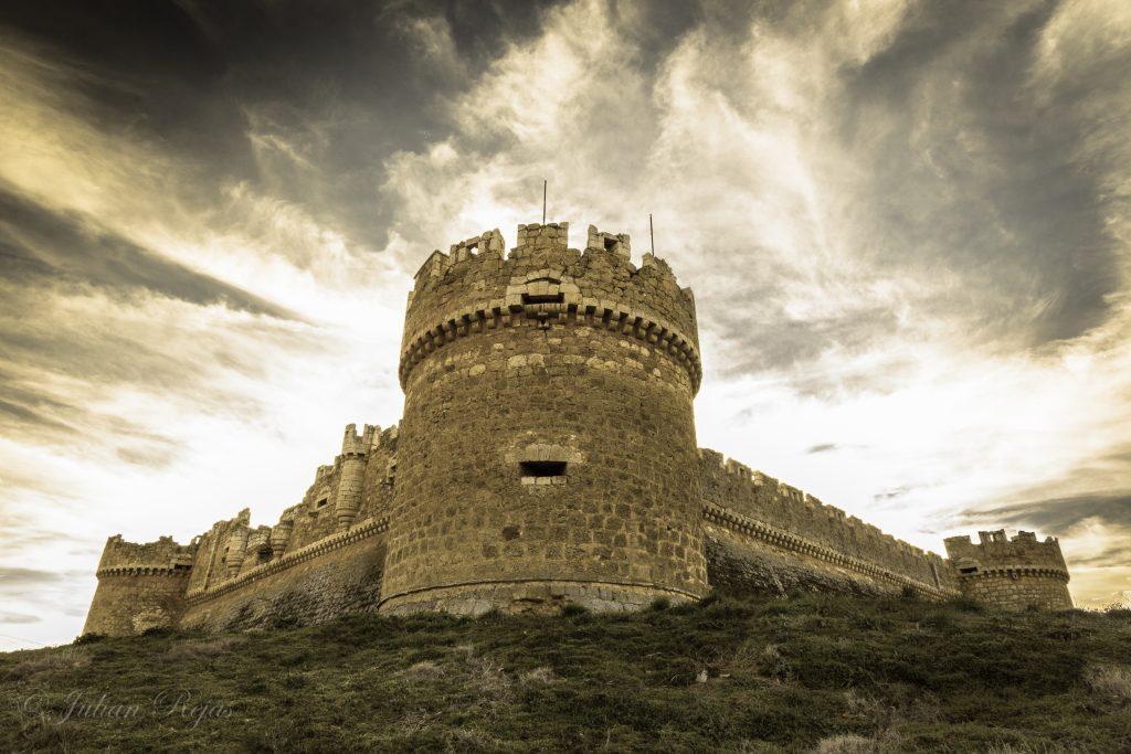 castillo-grajal-de-campos