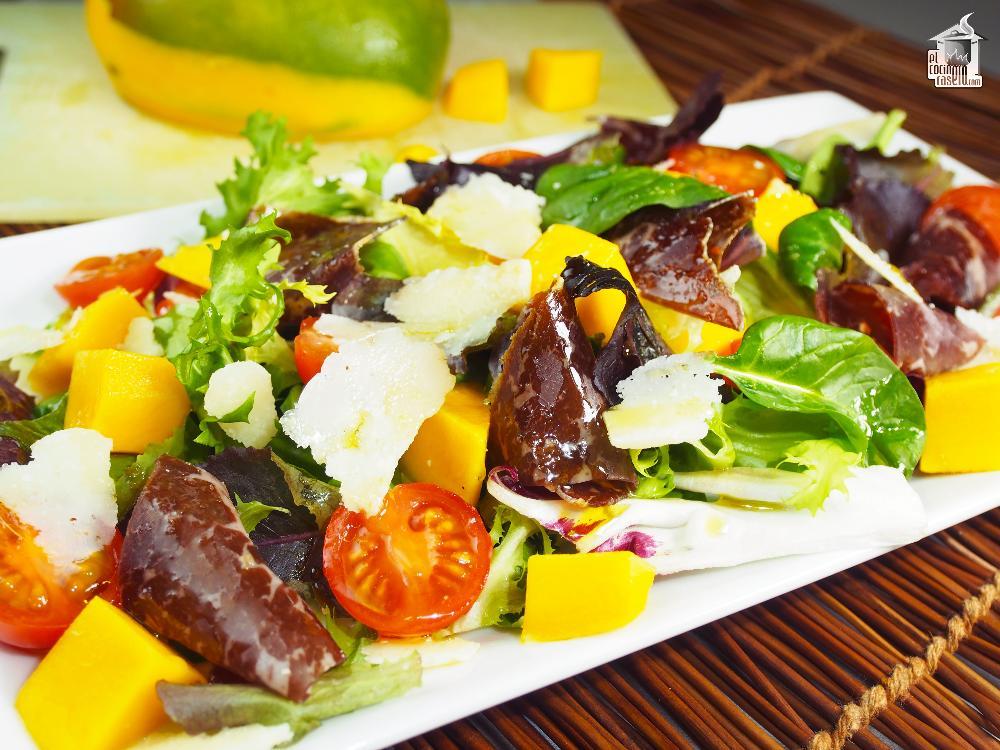 ensalada-cecina-mango
