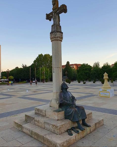 monumento-peregrino