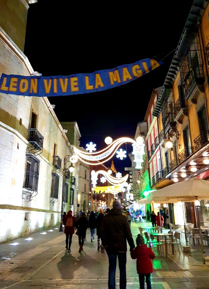 luces-navidad-calle-ancha