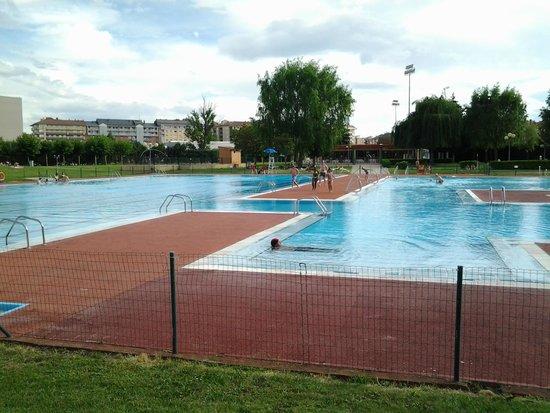 piscinas-municipales-la-palomera