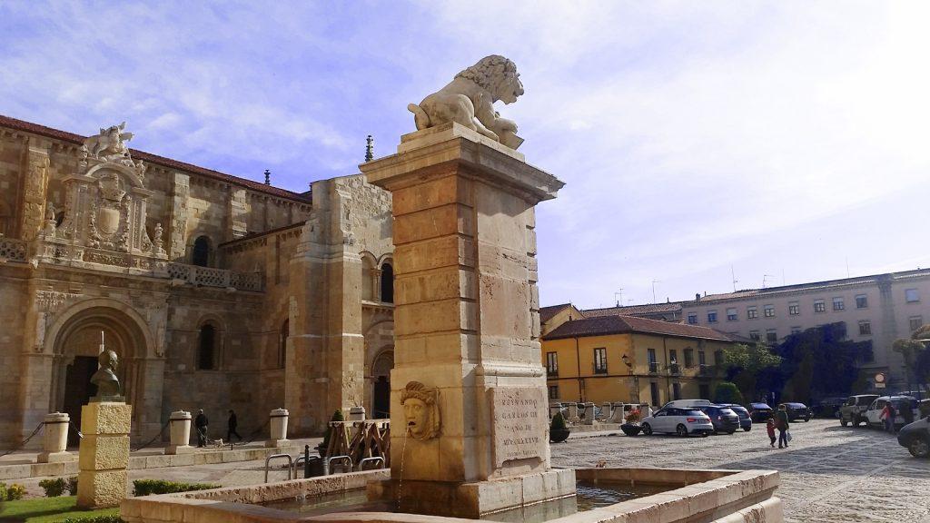 plaza-san-isidoro