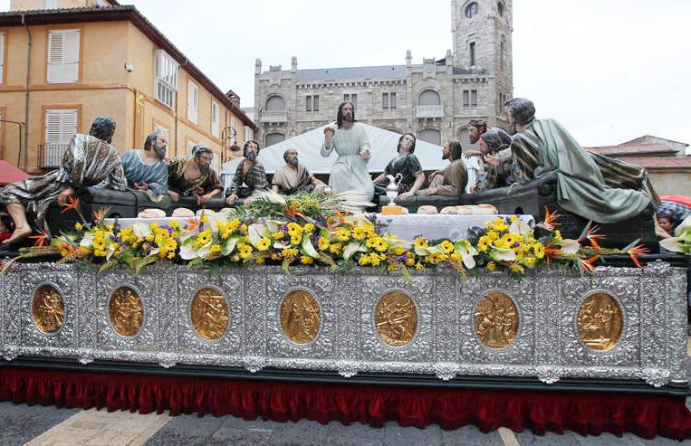 procesion-sagrada-cena