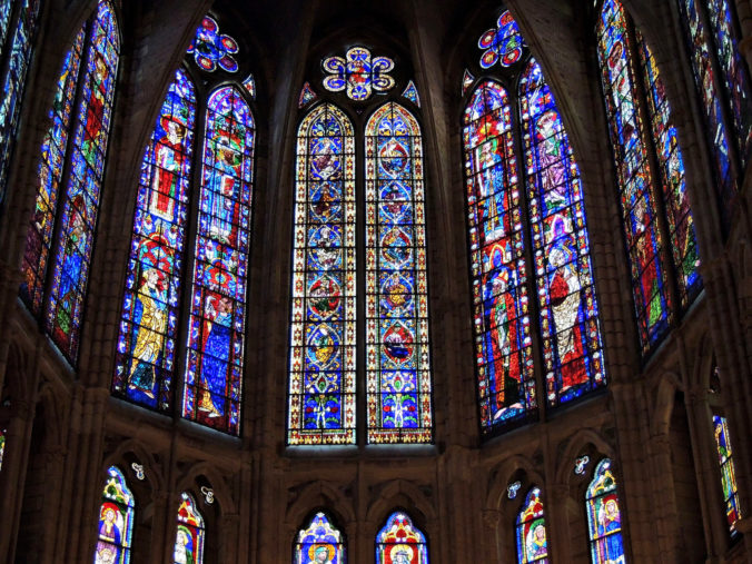 presbiterio-vidrieras